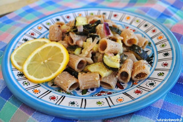 mezzemaniche di farro integrale con zucchine e limone