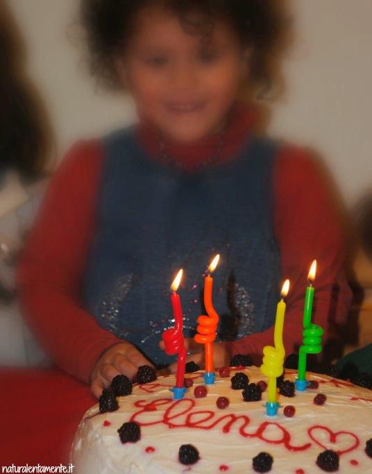 torta di compleanno vegana